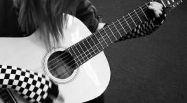 Girl Guitarer